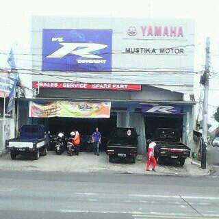 dealer-resmi-motor-yamaha-mustika-motor