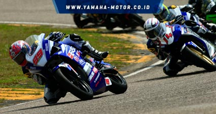 Siap-diramaikan-4-pebalap-wild-card-tim-binaan-Yamaha-Indonesia..jpg