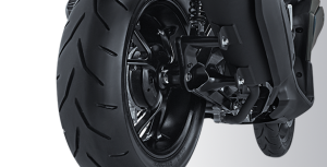 super-wide-tubeless-tire-aerox-155vva-s